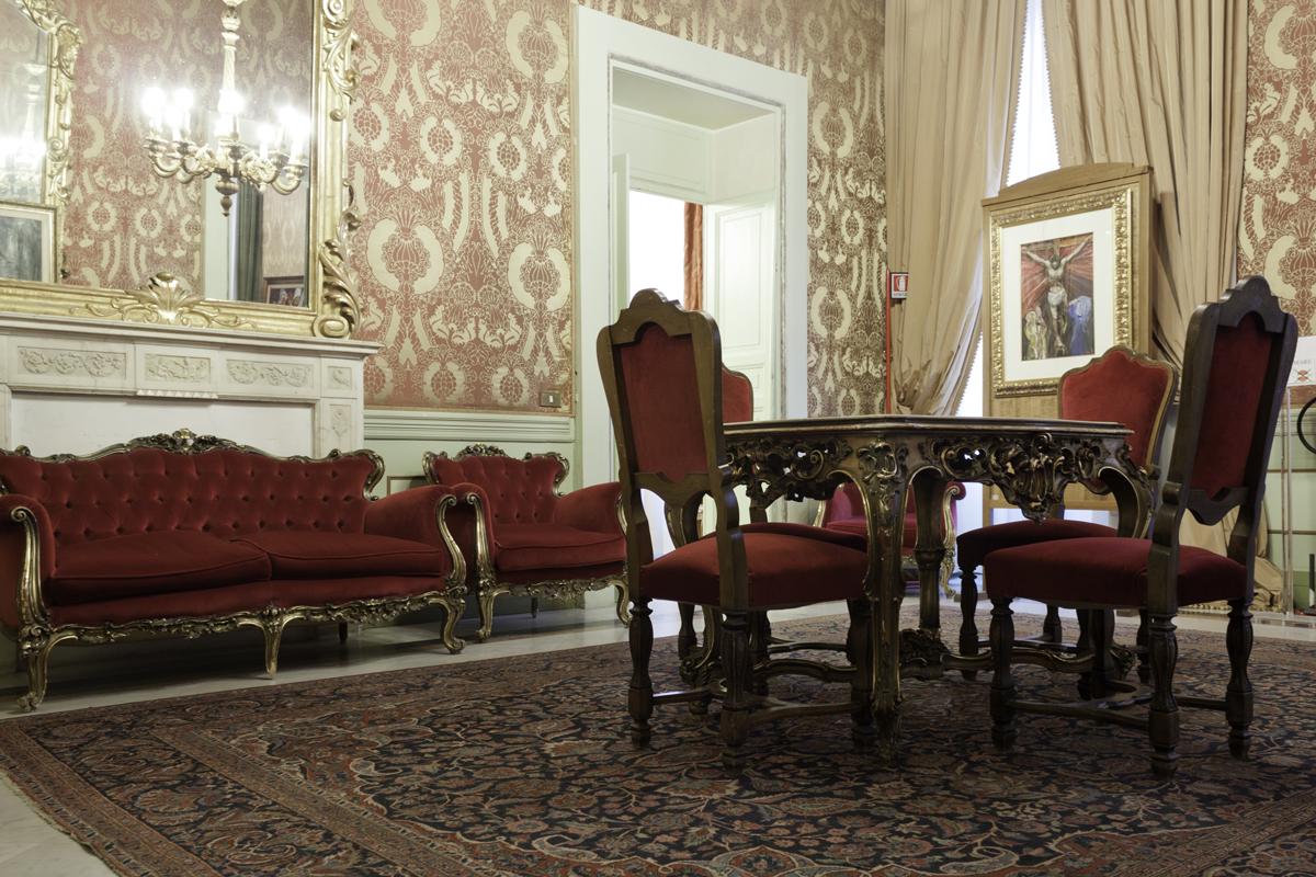 achat vente et estimation gratuite d 39 objet d 39 antiquit s paris. Black Bedroom Furniture Sets. Home Design Ideas